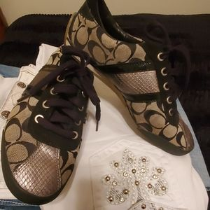 Coach sneakers black and silver size 9